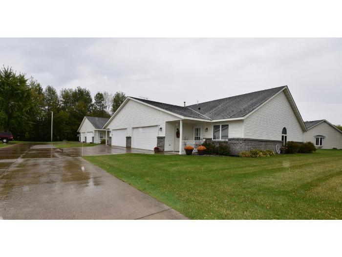 For Listing 5317083.